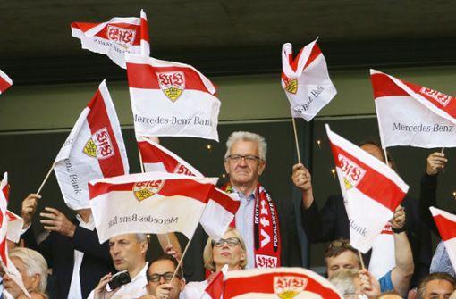 Ministerpräsident mahnt den VfB beim Thema Trainerwechsel