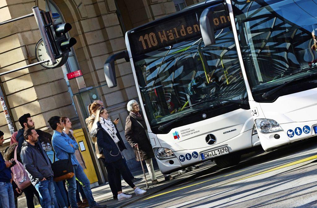 Die Firma Rexer bedient seit dem 1. Juli 2018 rund ein Drittel der Buslinien im Esslinger Stadtgebiet – nun ist sie in eine finanzielle Schieflage geraten. Foto: Ines Rudel