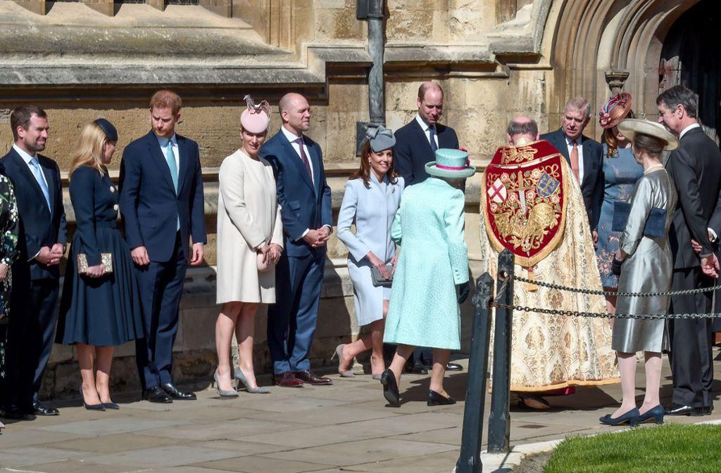 Die britischen Royals kamen an der St George's Chapel in Windsor Castle zum Ostergottesdienst zusammen. Foto: Getty Images Europe