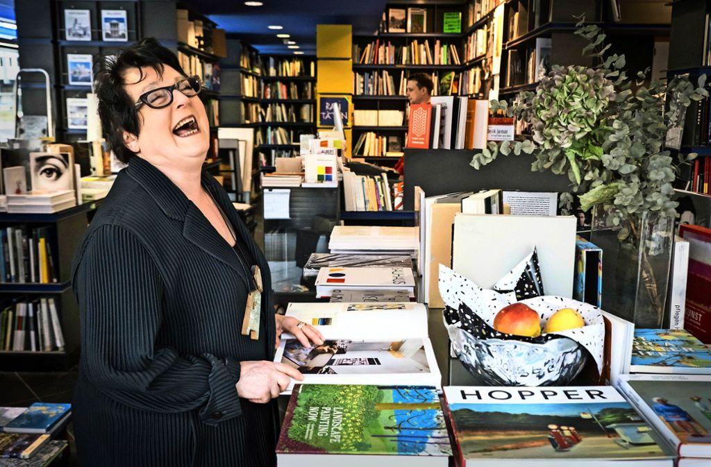 Schön war die Zeit: Rita Limacher in ihrem Laden am Kleinen Schlossplatz. Foto: Lichtgut/Achim Zweygarth