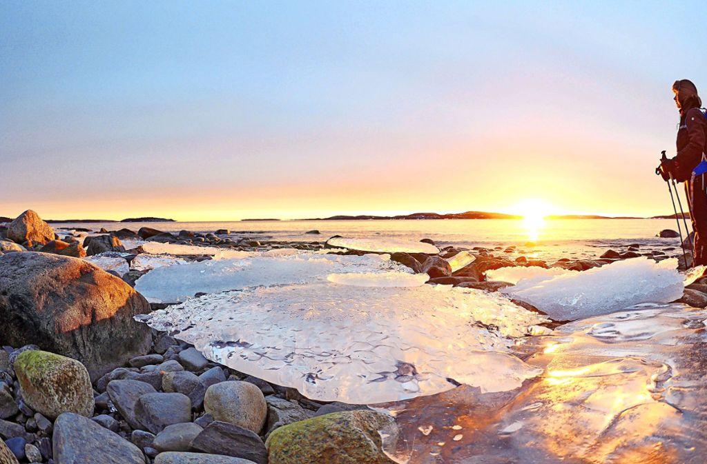 So prächtig kann ein Tag beginnen: Dieser Sonnenaufgang wurde an der Höga Kusten festgehalten. Foto: Achim Mayer Foto: