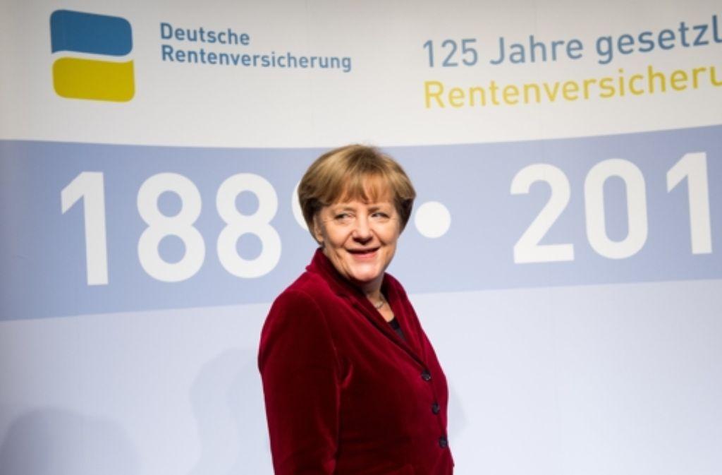 Die Rente ist eine Erfolgsgeschichte, sagt Bundeskanzlerin Angela Merkel zum 125-jährigen Jubiläum der Rentenversicherung. Foto: dpa