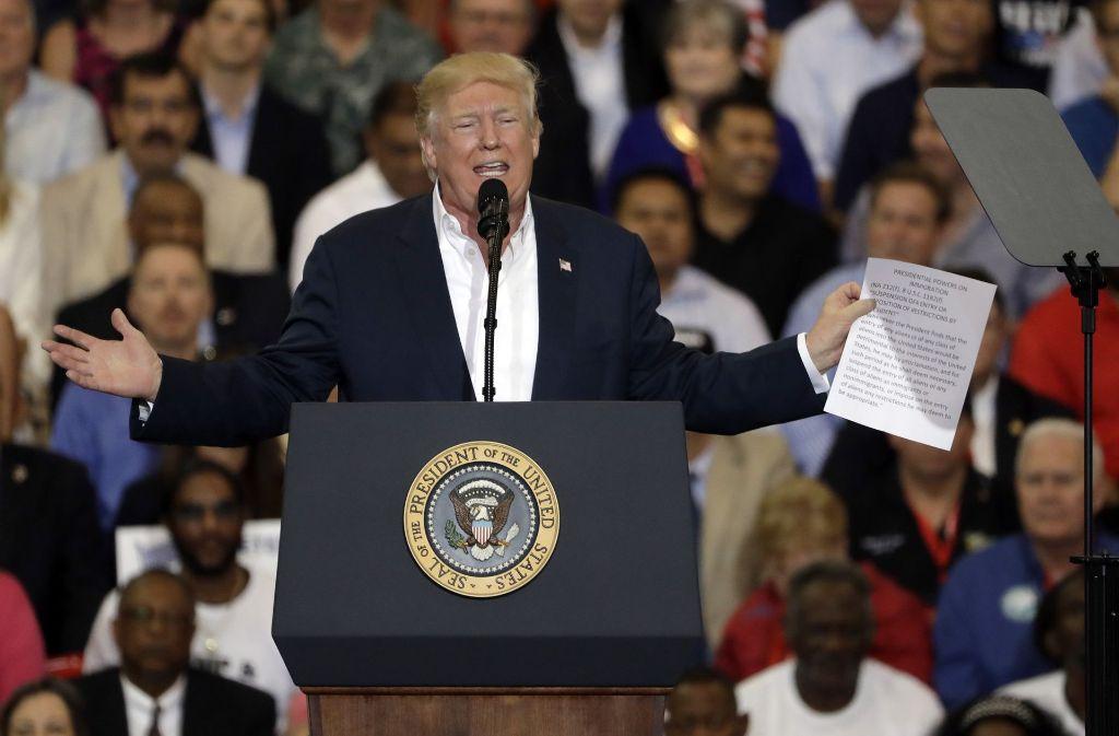 Donald Trump setzt Gerüchte über Probleme in Schweden in die Welt. Foto: AP