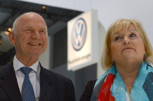 Piëch und Gattin treten von Ämtern zurück