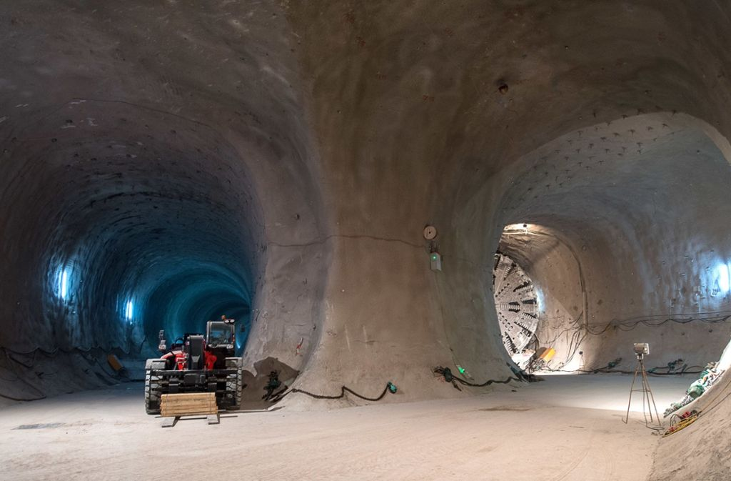 Auf der Großbaustelle in Stuttgart werden zahlreiche Grundstücke von Tunneln unterquert. Foto: dpa