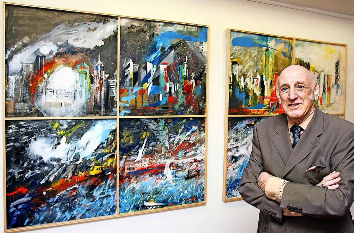 Gottfried Prölß bei einer Ausstellung seiner verschenkten Werke im Gerlinger Rathaus im Jahr 2007. Foto: Archiv/factum, M/artin Stollberg