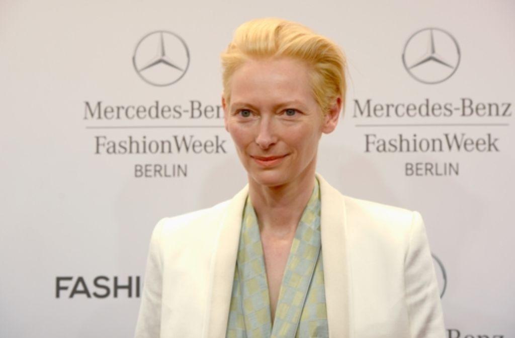 Oscar-Preisträgerin Tilda Swinton brachte am dritten Tag der Fashion Week Glamour nach Berlin.  Foto: Getty Images Europe