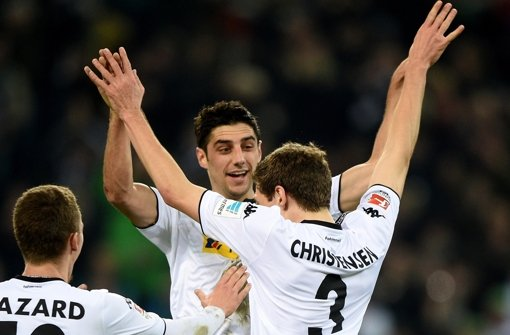 Thorgan Hazard, Lars Stindl und Andreas Christensen (v. li.) jubeln über den Treffer zum 2:0. Foto: dpa