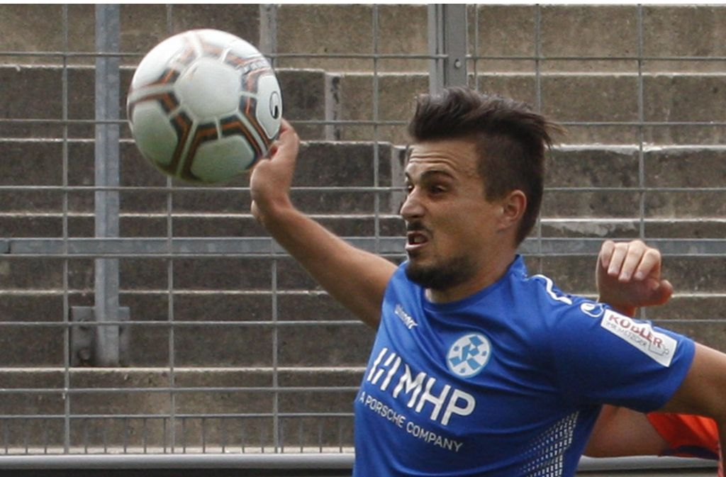 Kickers-Offensivmann Valentino Stepcic: Sein Treffer zur 1:0-Führung in Oberachern war zu wenig. Foto: Baumann