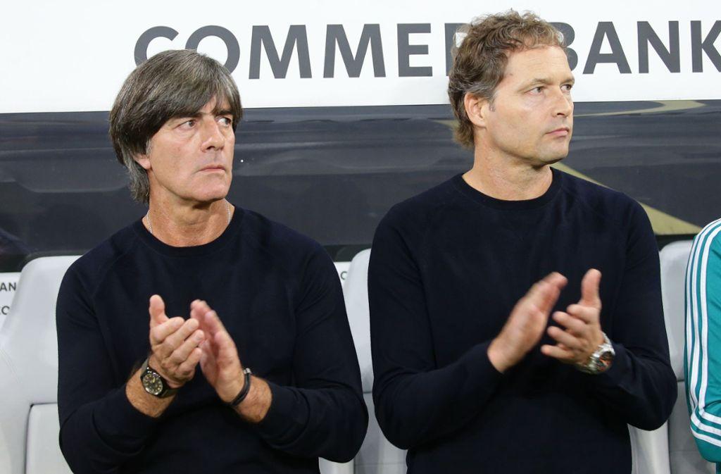 Sorge um Bundestrainer Joachim Löw (links) – Marcus Sorg vertritt den Bundestrainer. Foto: Pressefoto Baumann