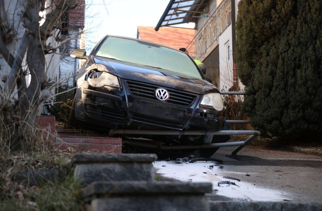Am VW entstand ein Totalschaden in Höhe von rund 3000 Euro. Foto: 7aktuell.de