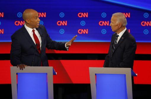 Biden gerät bei TV-Debatte der US-Demokraten in Bedrängnis