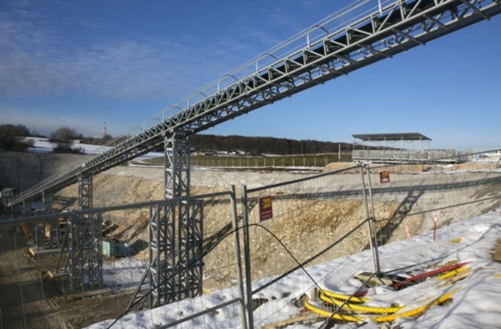 Das Förderband aus dem Tunnel soll zumindest ein Problem lösen Foto: Horst Rudel