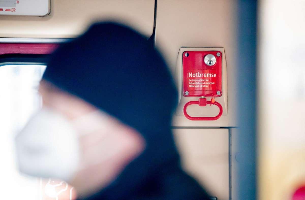 Die Bundesregierung hat die Corona-Notbremse auf den Weg gebracht. (Symbolbild) Foto: dpa/Christoph Soeder
