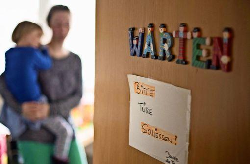 Eltern bekommen schwer Termine für ihr Kind