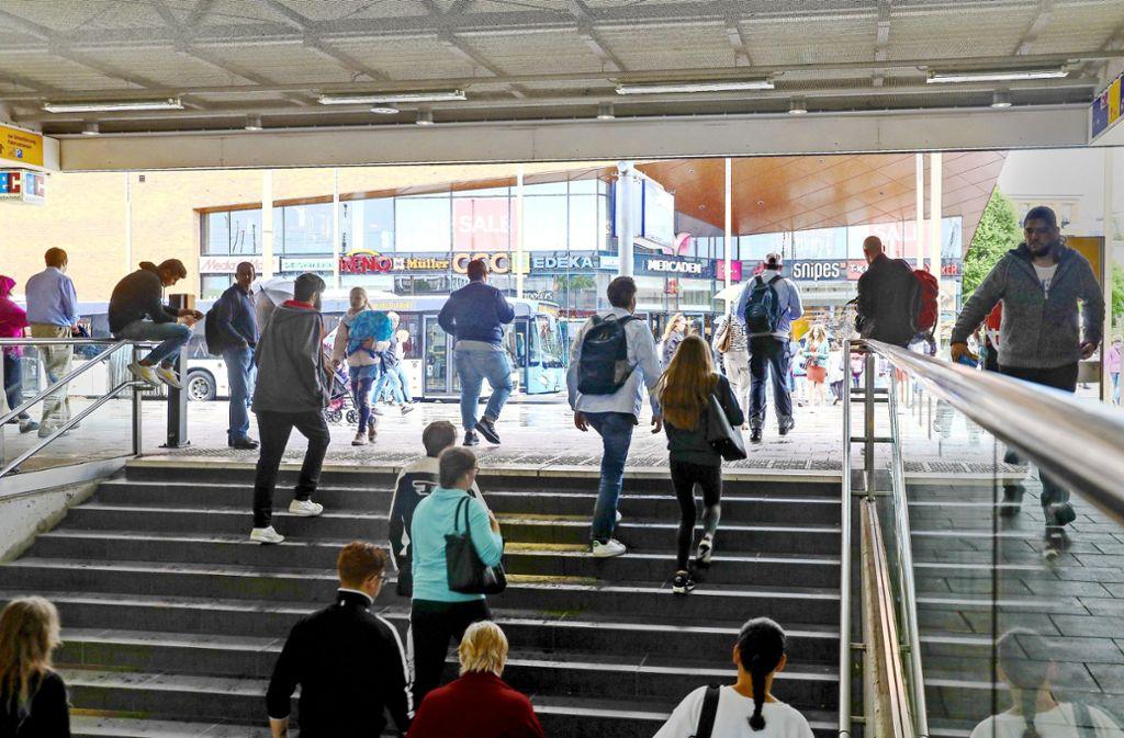 Viele Menschen führen zu mehr Straftaten: am Böblinger Bahnhof kommen täglich 35000 Personen  zusammen. Foto: factum/