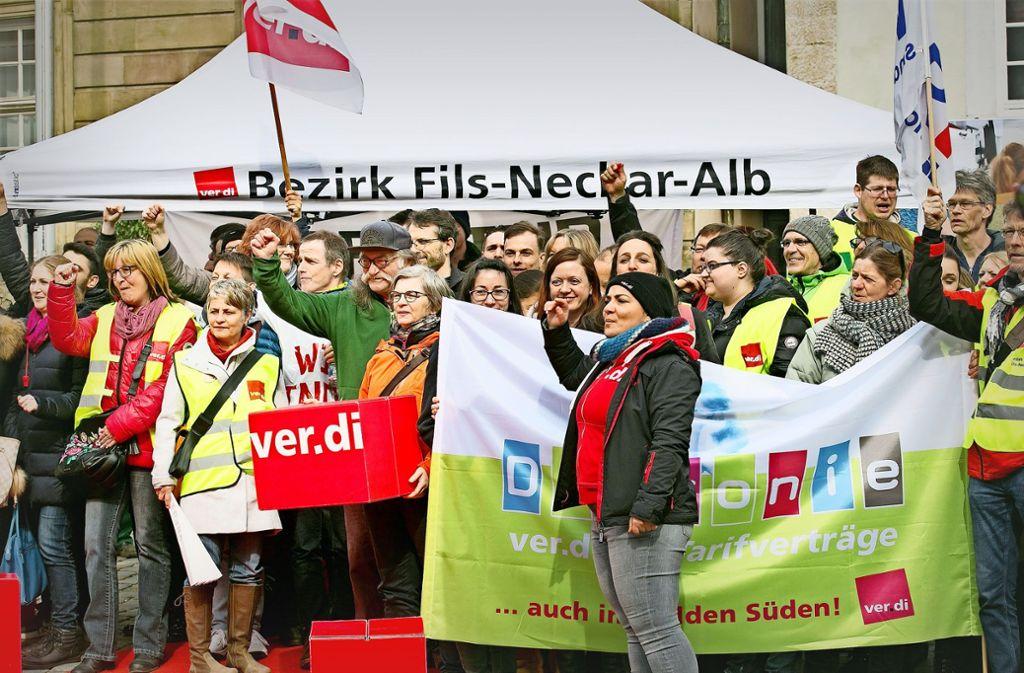 Etwa 180 Teilnehmer kamen zur Kundgebung am Dienstag Foto: Horst Rudel