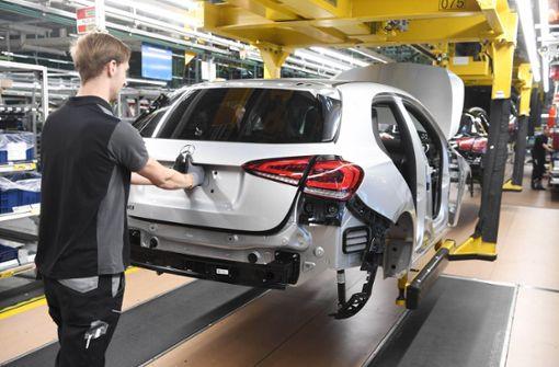 Daimler ruft Mitarbeiter zum Sparen auf