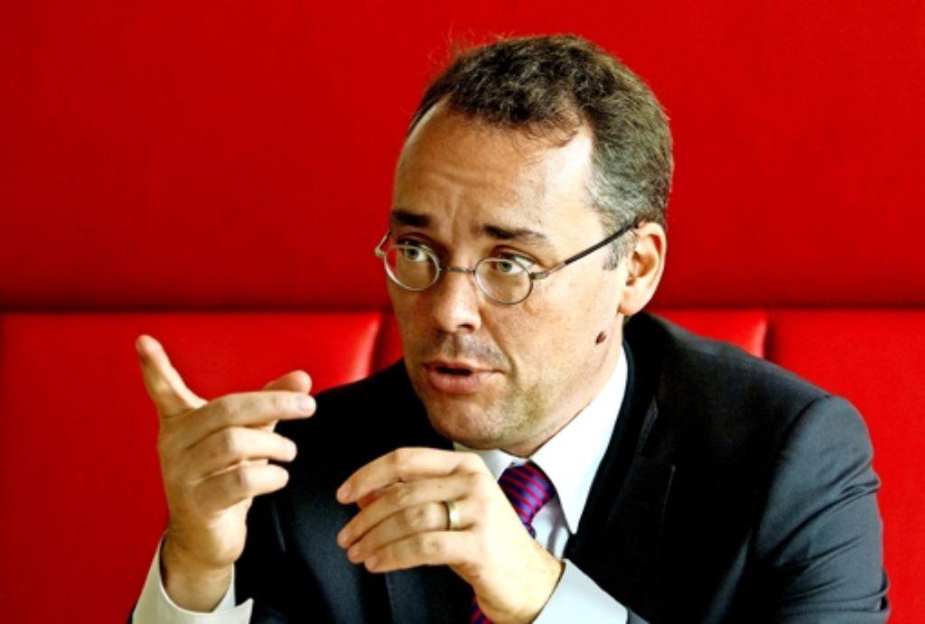 Peter Friedrich braucht nicht auch noch in Baden-Württemberg eine Große Koalition, die in Berlin reicht ihm. Foto: dpa
