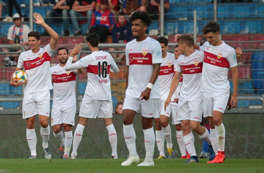 Geht doch: Der VfB Stuttgart gewinnt sein letztes Testspiel der Vorbereitung gegen den FC Basel. Foto: Pressefoto Baumann