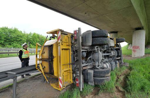 Erhebliche Verkehrsbehinderungen wegen aufwendiger Bergung