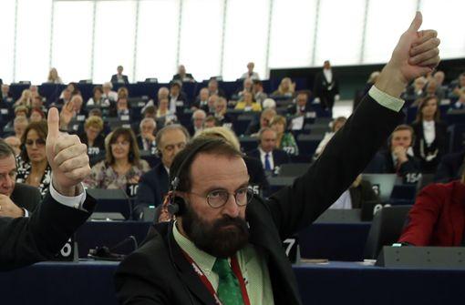 Orbans Mann in Brüssel –  Sexorgie, Drogen und  Razzia