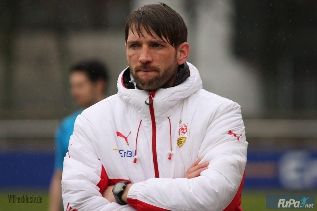 VfB-Trainer Sebastian Gunkel will mit seiner U19 heute im Prestigeduell gegen die TSG Hoffenheim einen Erfolg landen. Foto: Lommel