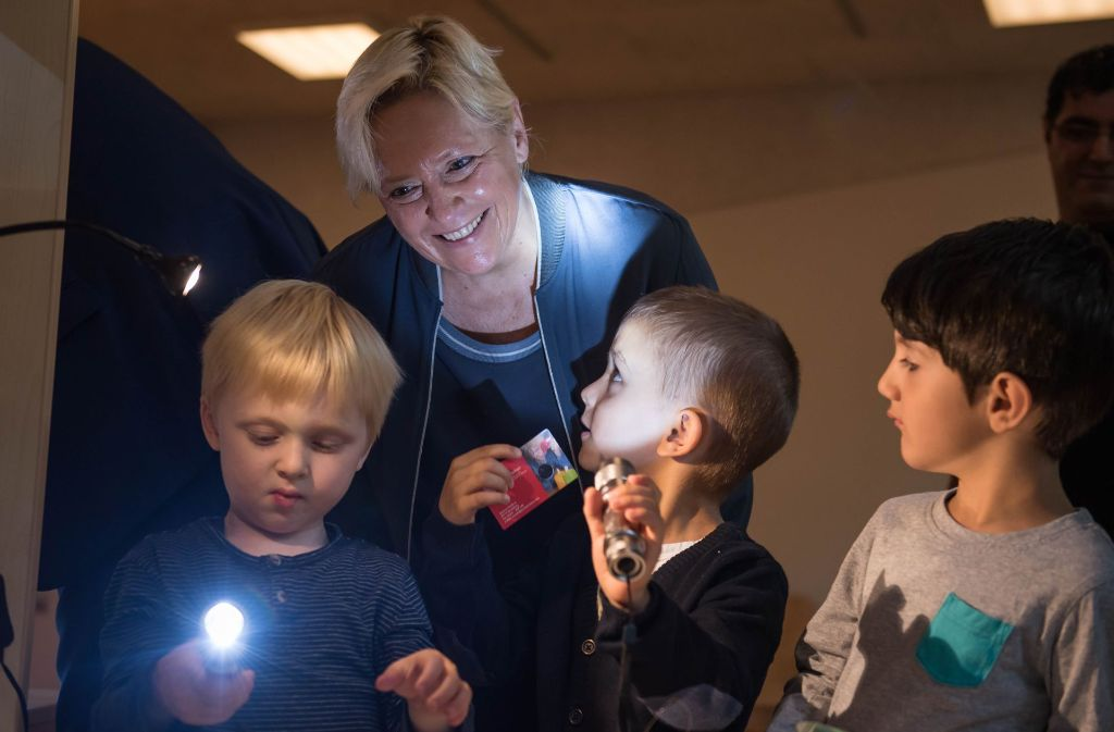 """""""Es wird kein Schließkonzept für kleine Grundschulen geben"""", sagte Kultusministerin Susanne Eisenmann in einem Interview. Foto: Lichtgut/Max Kovalenko"""