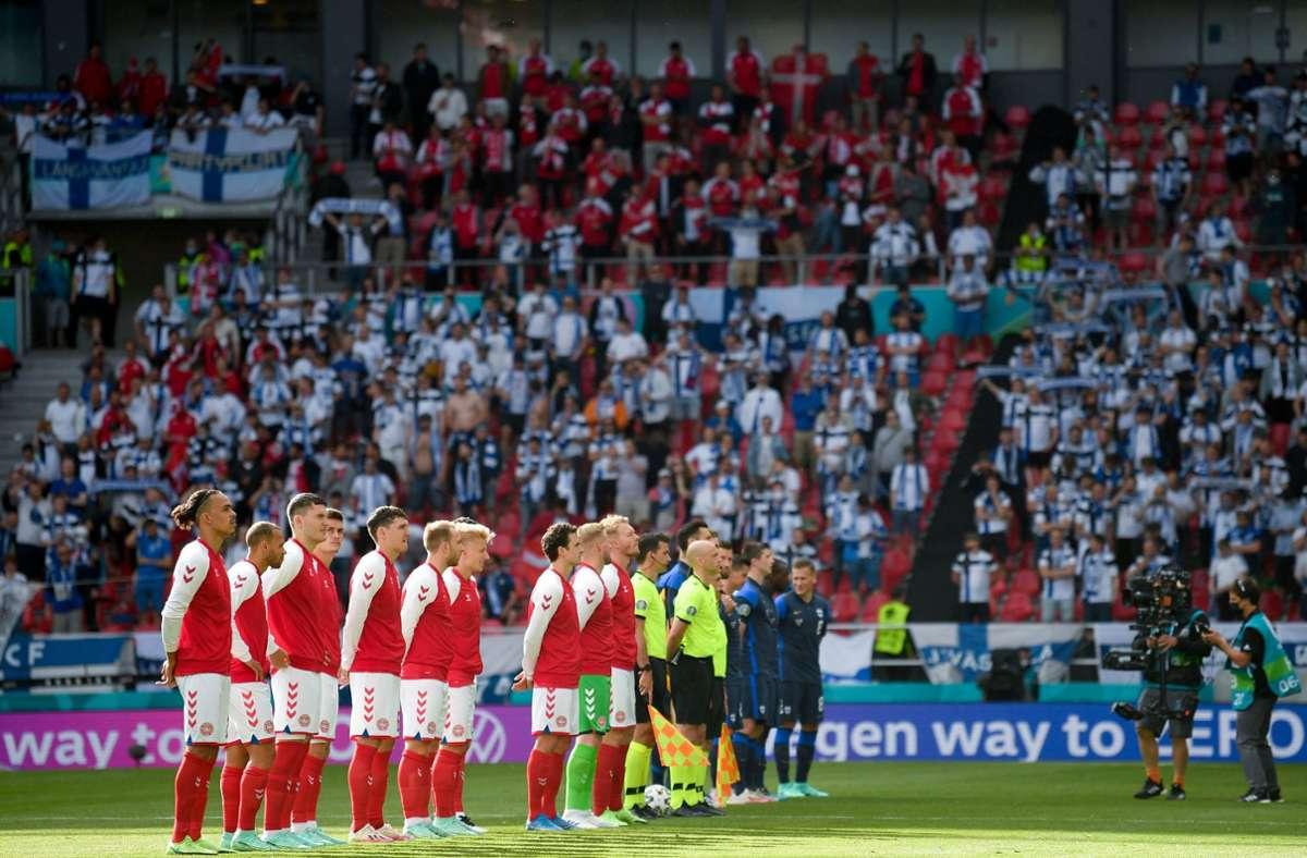Das Spiel zwischen Dänemark und Finnland wurde unterbrochen. Foto: dpa/Stuart Franklin