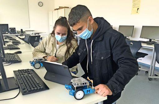 Spielerisch lernen mit Robotik