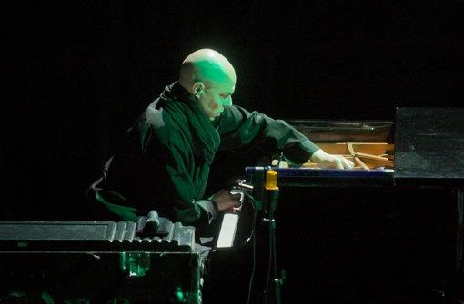 Der Schweizer Jazzer  Nik Bärtsch Foto: Martin Stollberg