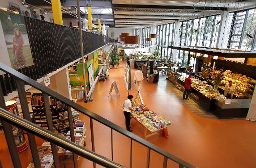 REWE mietet Bauernmarkthalle