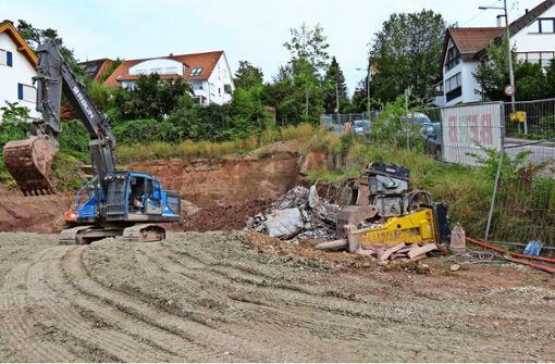 Abriss der Bauruine schafft Platz für Neues