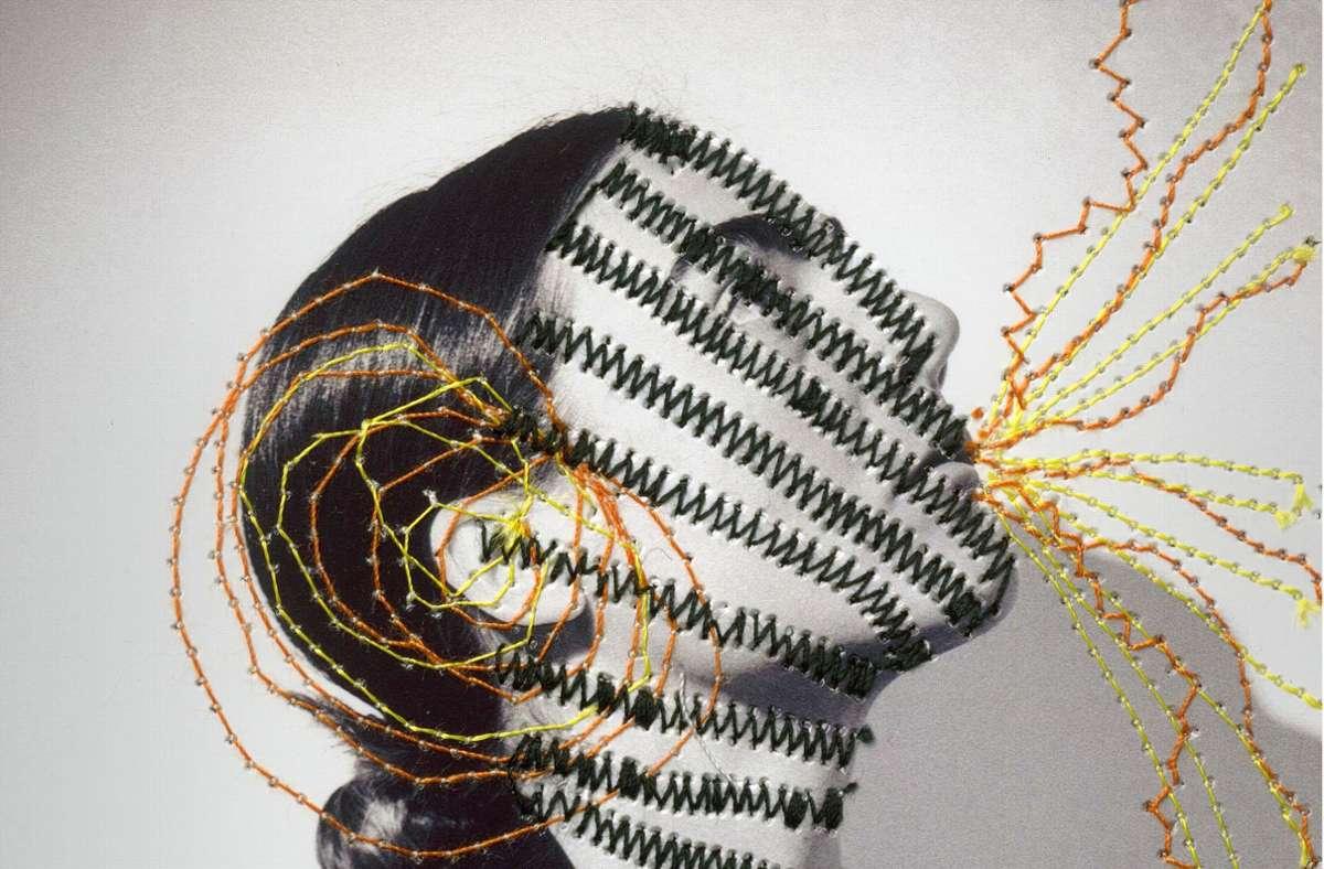 Beinahe ein Selbstporträt: Anna Illenberger alias Kitz Foto: Adriana Kovacs, Stickerei Anna Illenberger
