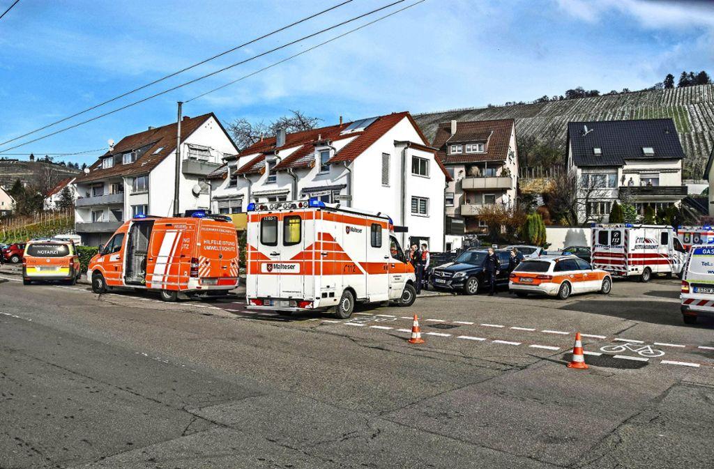 Die Ärzte am Unfallort konnten nur noch den Tod der  vier Menschen feststellen. Foto: SDMG