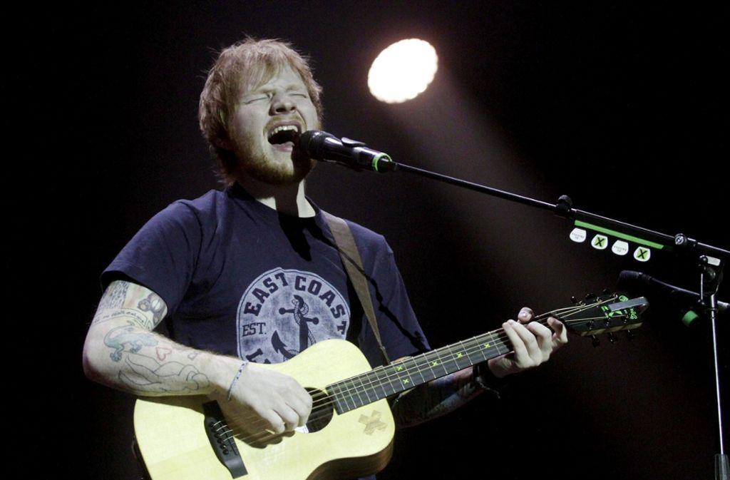 Ed Sheeran hat die elfjährige Melody auf sein Konzert nach London eingeladen. Beim Soundcheck war sie als Ehrengast mit dabei. Foto: EPA