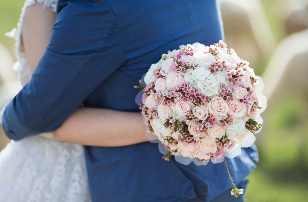 Ein Demenzkranker hat seine Frau zum zweiten Mal geheiratet. (Symbolbild) Foto: Unsplash