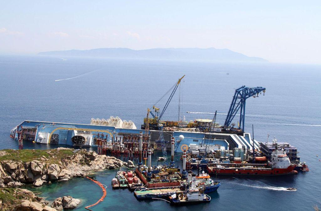 Bei der Tragödie im Januar 2012 vor der toskanischen Küste sind 32 Personen ums Leben gekommen. Foto: dpa