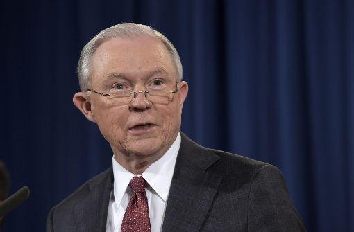 US-Justizminister hält sich aus Ermittlungen zu Russland heraus