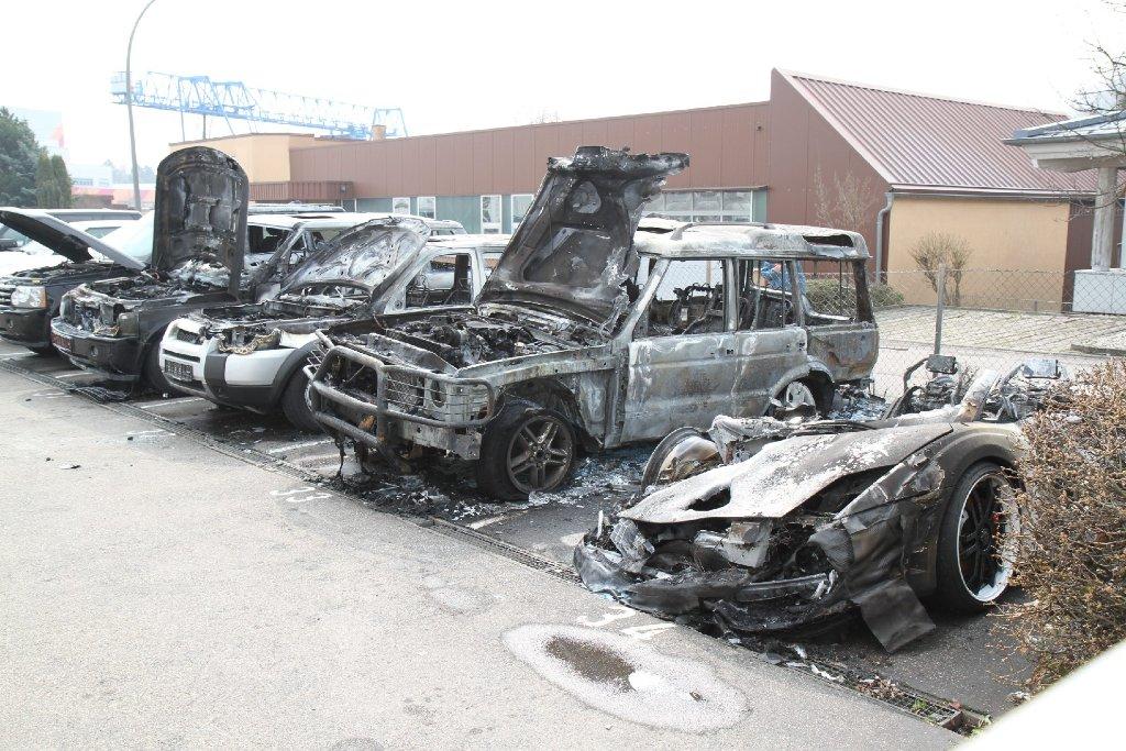 Gezielte Brandanschläge auf hochwertige Autos, ein Schaden von bis zu sieben Millionen Euro und noch immer kein Verdächtiger in Sicht. Die Polizei in Ludwigsburg schließt weitere Attacken des Feuerteufels nicht aus. Foto: www.7aktuell.de   Dan Becker