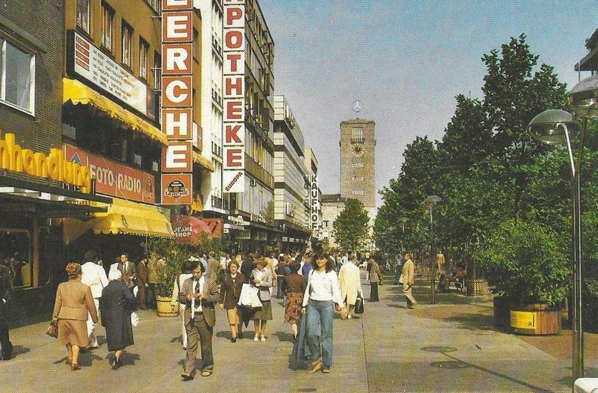 Dieses Foto  von der unteren Königstraße mit der Lerche ist vermutlich Ende  der 1970er oder Anfang der 1980er entstanden. Foto: Sammlung WIbke Wieczorek