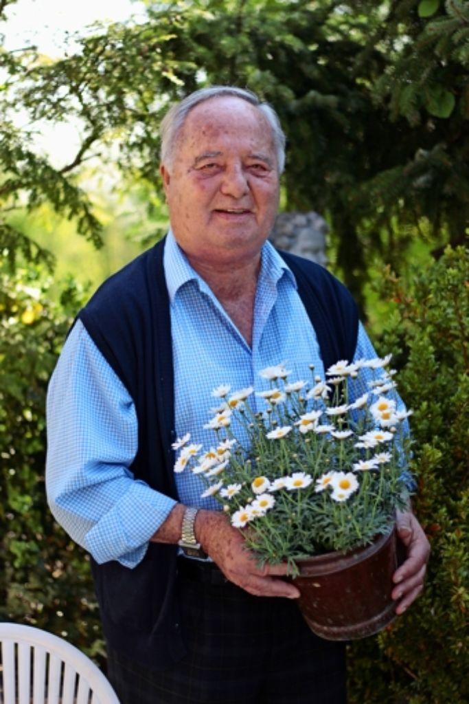 Wolfgang Benzingers Lieblingsblumen sind Margeriten. Foto: Katharina Kraft