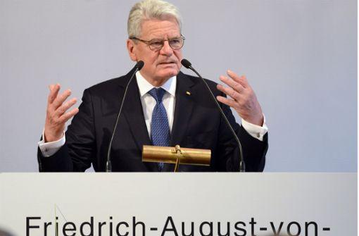Joachim Gauck mit Hayek-Preis geehrt
