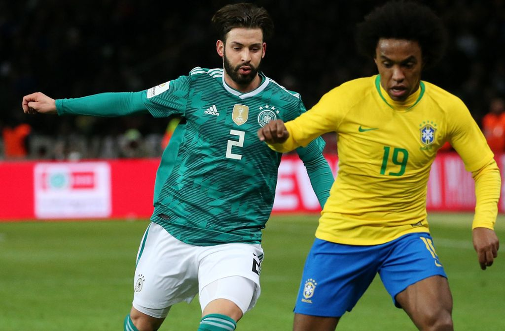 Für Ausrüster wie Adidas und Nike zählen bei einer WM nur noch die Großen. Etwa die Fußball-Weltmeister Deutschland und Brasilien. Foto: Pressefoto Baumann