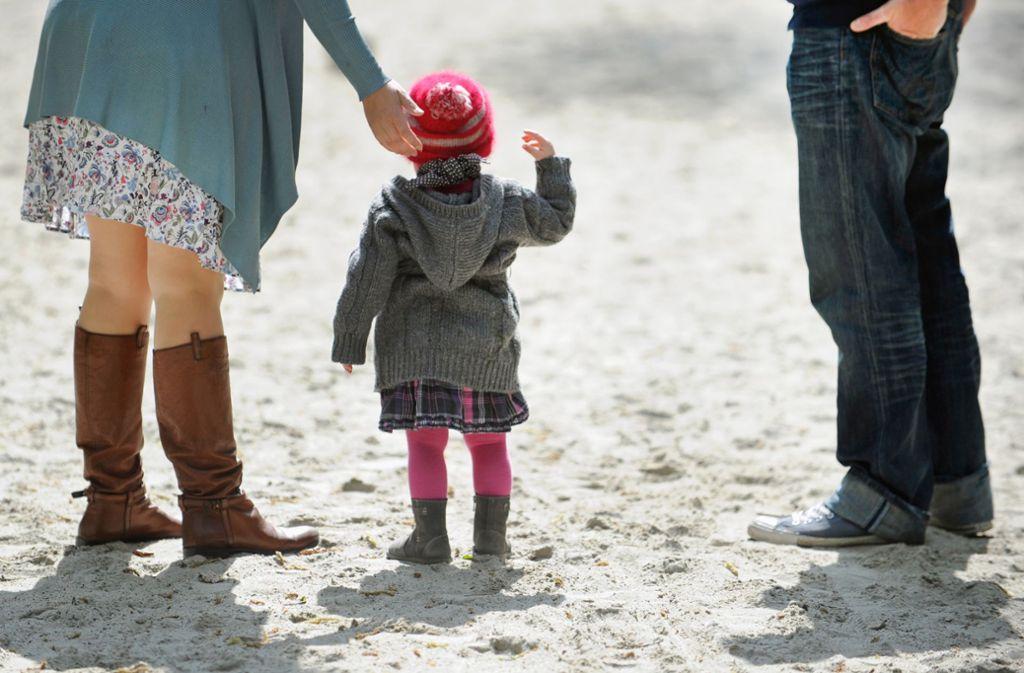 Immer weniger Kinder werden im Südwesten adoptiert. Foto: dpa