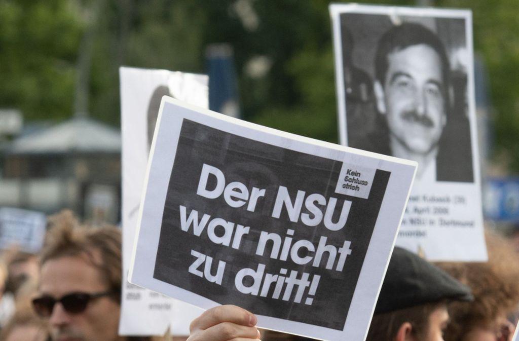 Aktivisten der international vernetzten und operierenden Hammerskins gehörten auch zu den Unterstützern der Zwickauer NSU-Terrorzelle. Foto: dpa