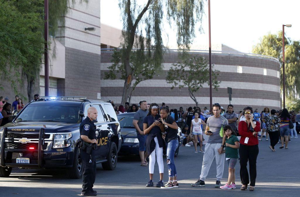 Auf dem Gelände einer Schule in Las Vegas ist am Dienstag ein junger Erwachsener erschossen worden. Foto: Las Vegas Sun