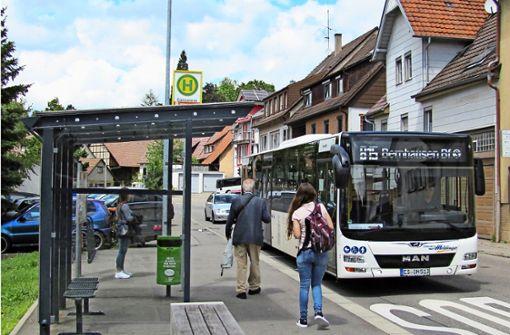 Grüne wollen das Bushaltestellennetz ausdünnen