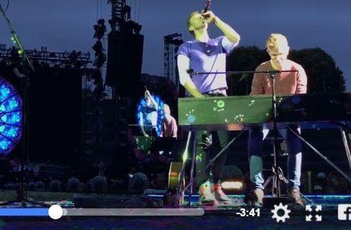Fan darf auf der Bühne vor 70 000 Menschen spielen