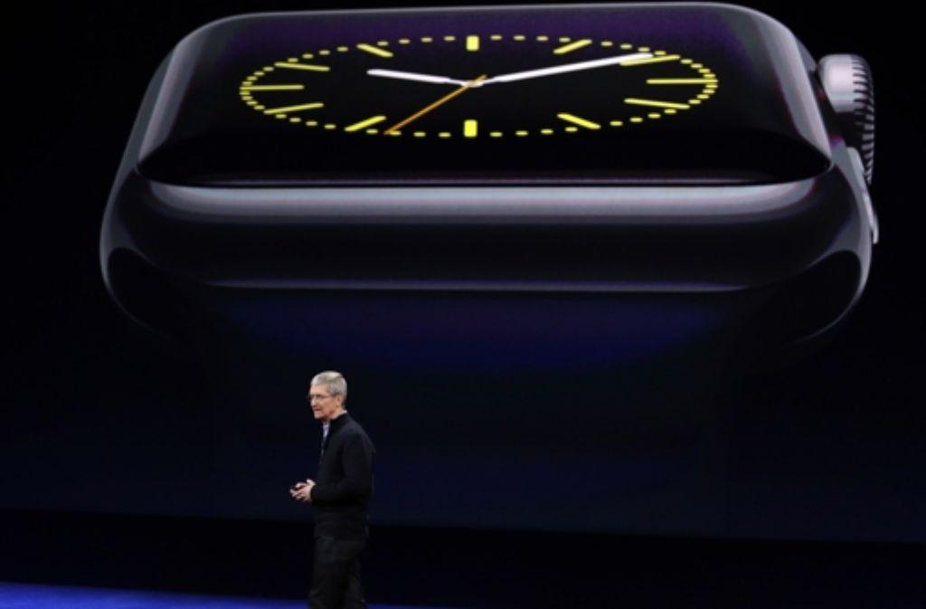Tim Cook spricht über Details der Apple Watch Foto: AP